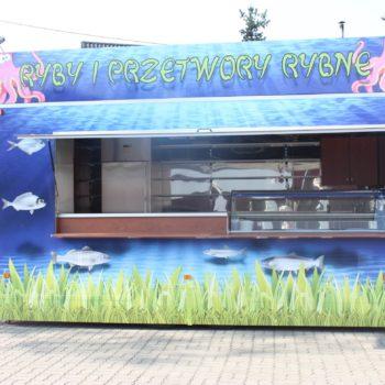 Przyczepa gastronomiczna do sprzedaży ryb